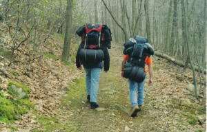 Hikers_with_packs